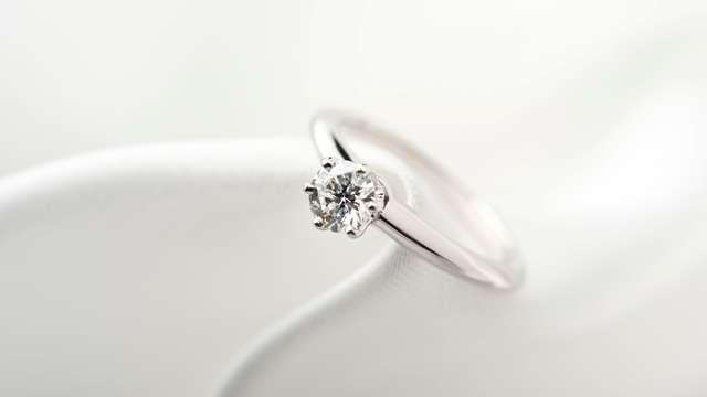 素敵な婚約指輪を選ぶ3つのポイント<体験談>